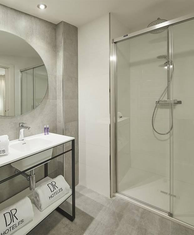Bath  Apartment Dos Ríos Hotels Dos Ríos